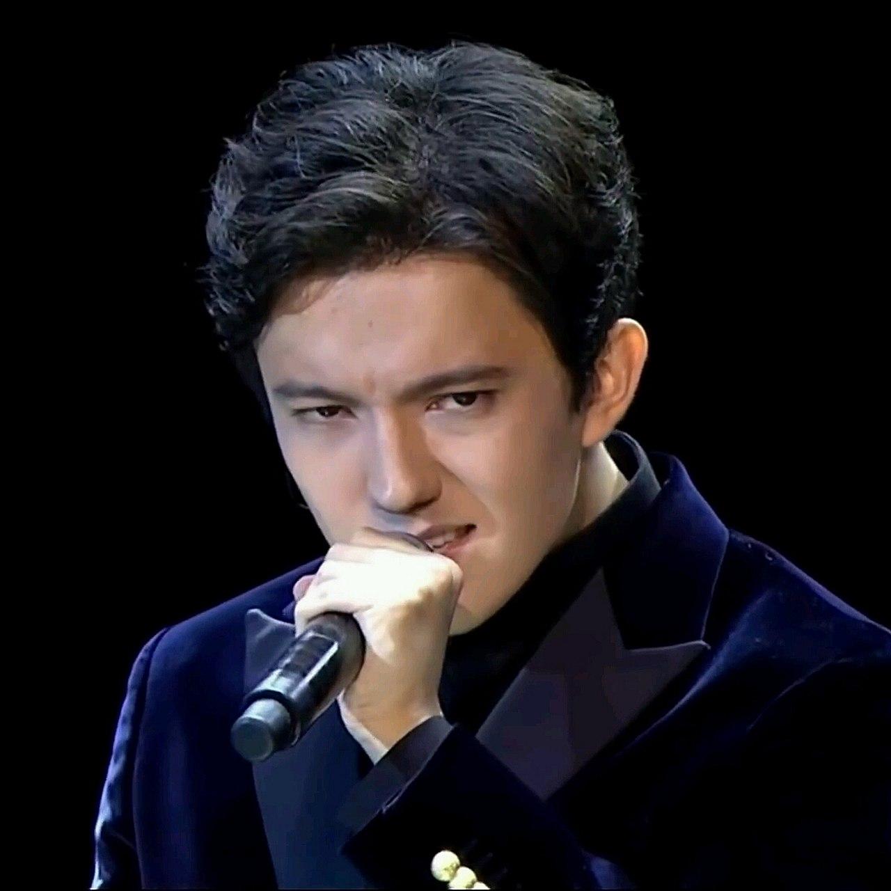 фото известных певцов в казахстане говорила